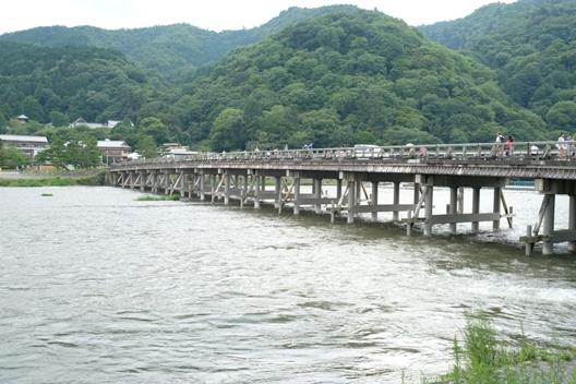 嵐山・渡月橋.JPG