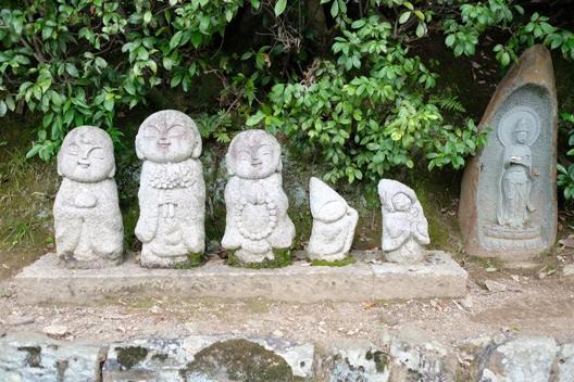 嵐山・道端の石仏.JPG