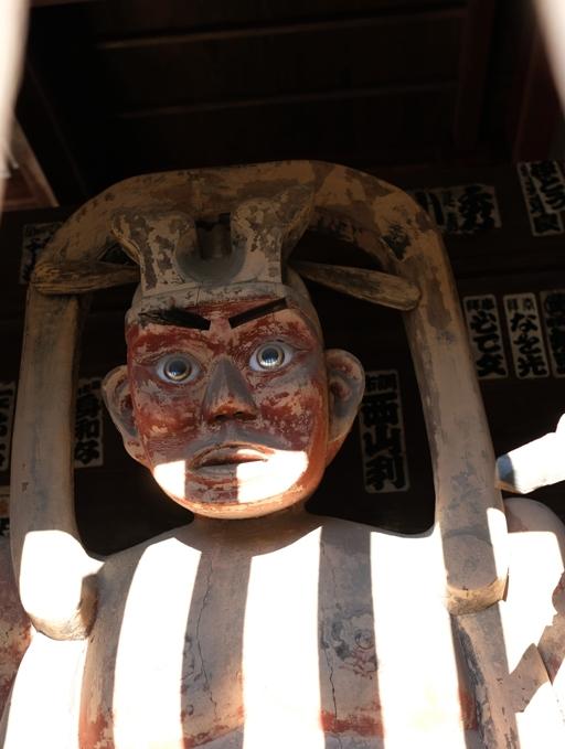 童のような仁王様(童氏堂の仁王門)DSCF0881.JPG