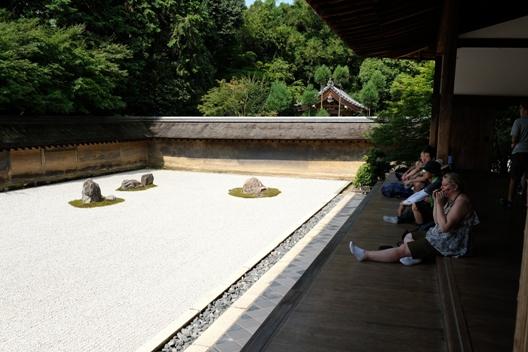 龍安寺の庭園4.JPG